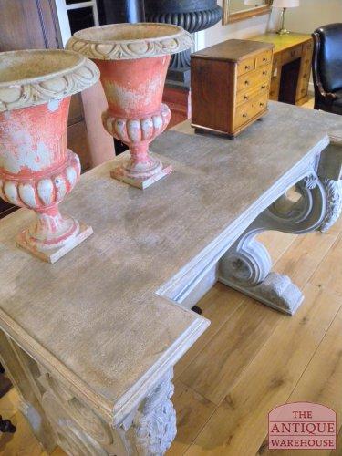 antiek side table
