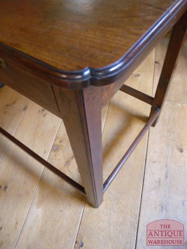 antieke side table