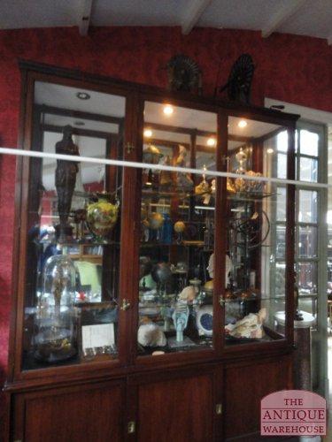 antique anatomical models