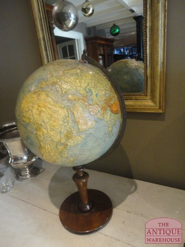 antieke relief globe