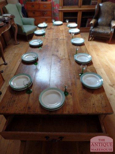 12 persoons antieke vruchten houten tafel