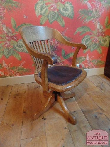 antieken eiken bureaustoel