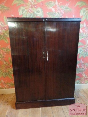 antique mahogony compactom