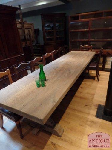 antieke Franse eiken tafel