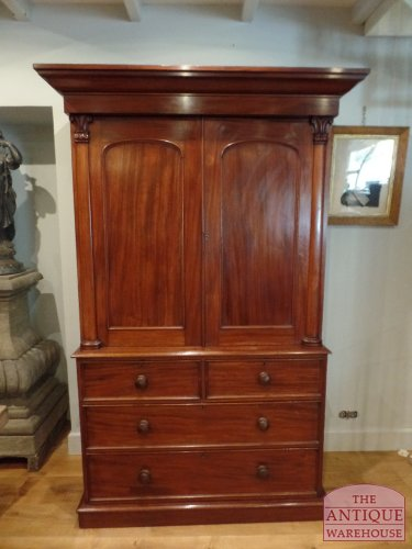 antiek Engels mahonie kabinet