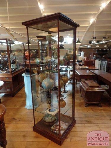 antieke mahoniehouten Engelse vitrinekast