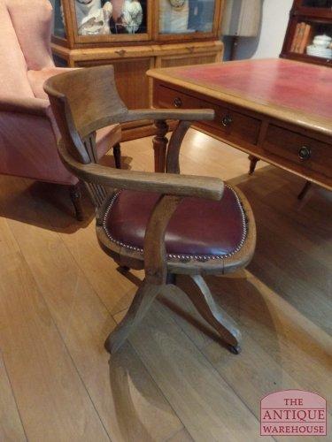 antieke eiken bureaustoel